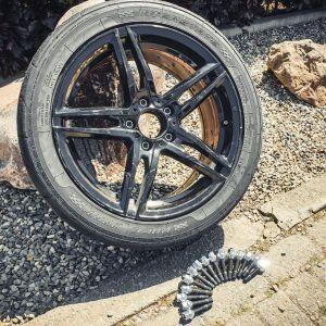 BMW wielbout naar stud conversie Athena